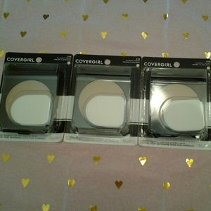 Covergirl Classic Ivory Powder Foundation set of 3